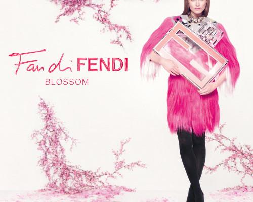 Novo perfume Fan di Fendi Blossom