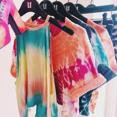 b5ef677a0f46cbd97ab3caf6c317774a--tie-dye-shirts-tie-dye-tops