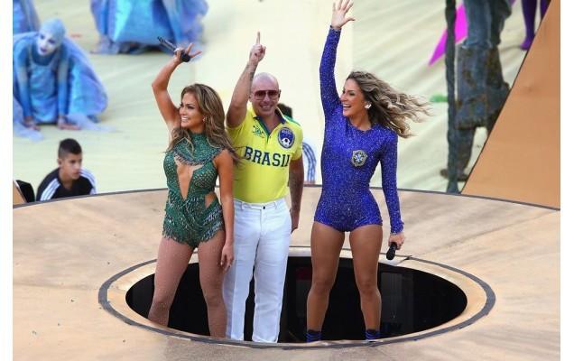 Os looks de Claudinha Leite e JLo na abertura da Copa !